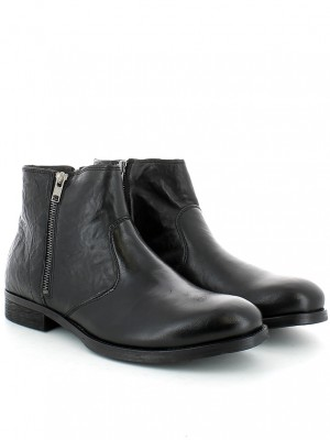 Stivaletto in pelle nera con zip