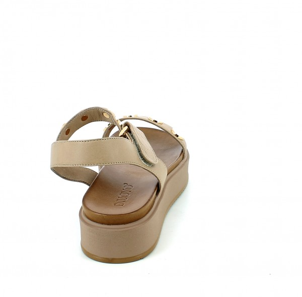 Sandalo Visone con borchie