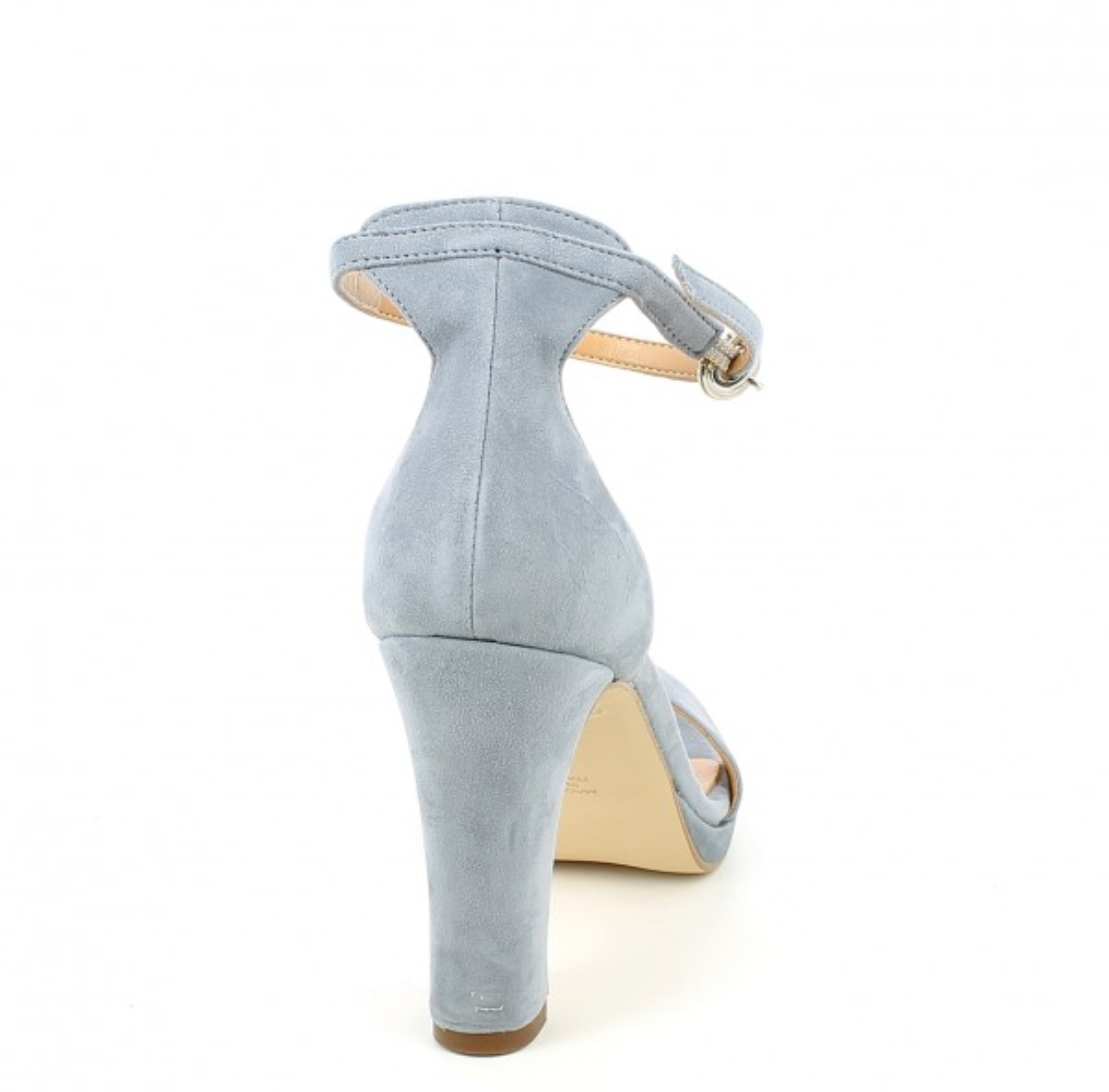 Sandalo in camoscio con cinturino e tacco alto