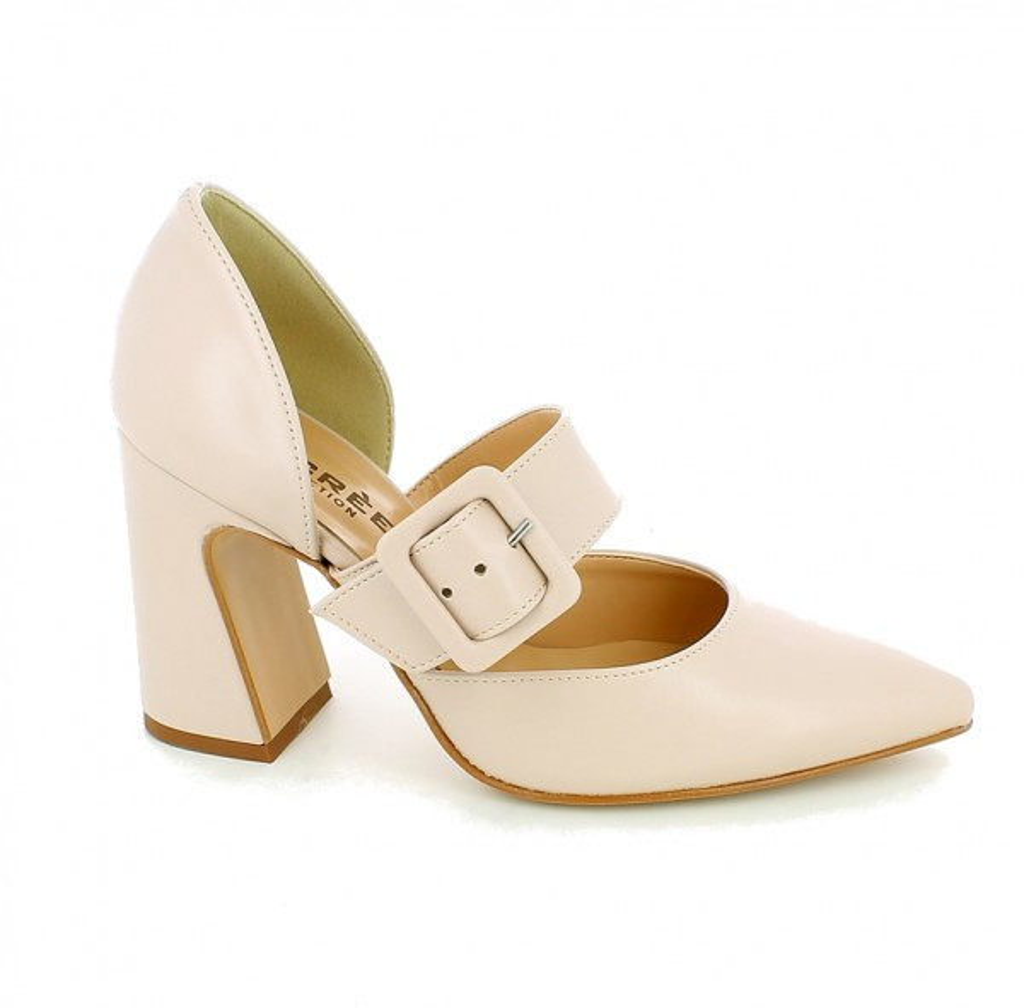 Sandalo a punta con fibbia e tacco largo